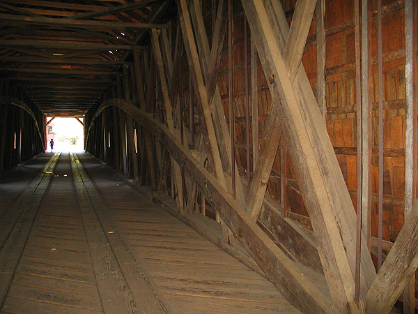 Perspective view of inside of Bridge