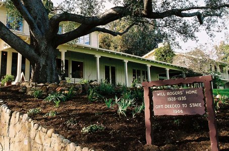 Will Rogers Western Ranch House is on the National Register of Historic Places