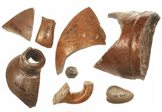 Image of stoneware fragments